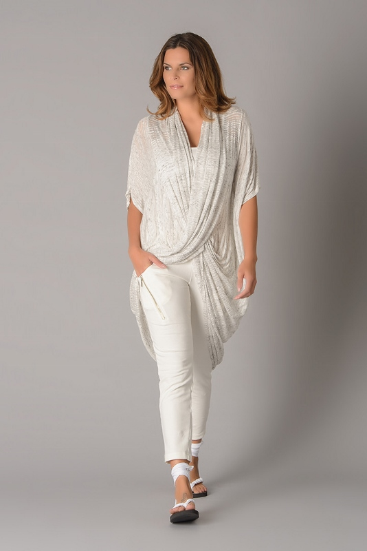 Elsewhere crossover tunic gives a cool look for the summer and is light and easy to pack